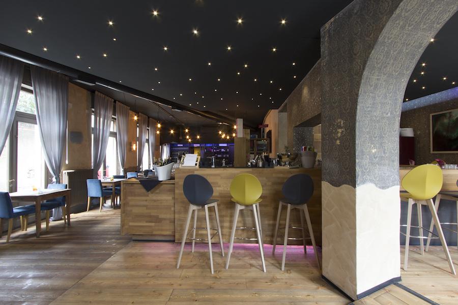 Carmagnola restaurant medeaa marchetti e de luca - Interior design udine ...